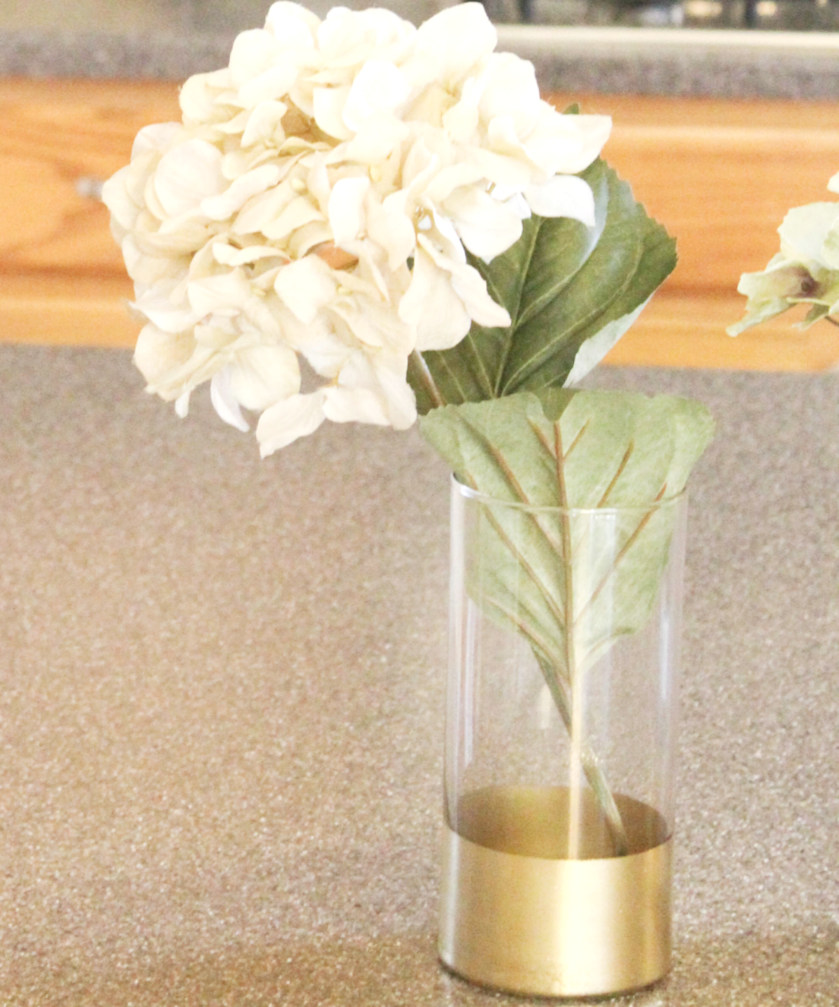 gold-dipped-vase