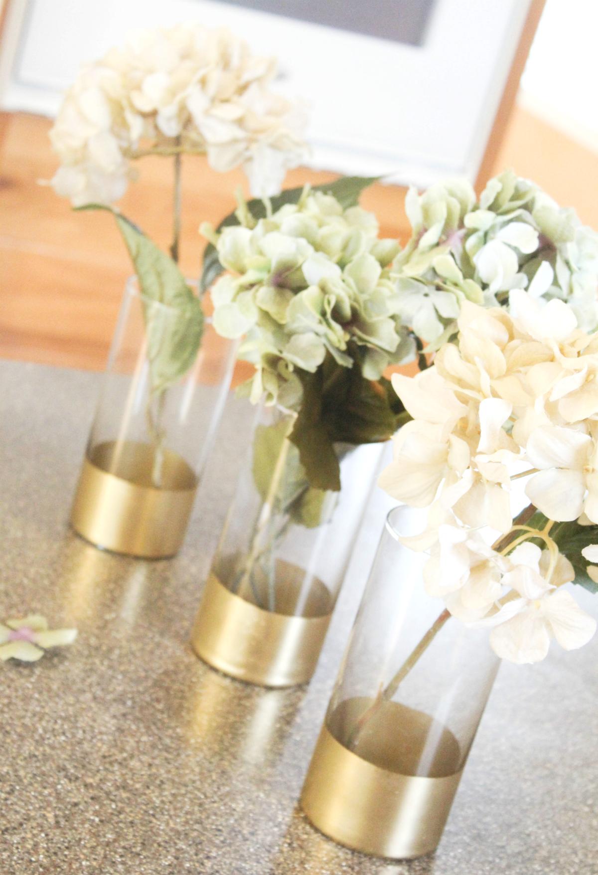 gold-trim-vases