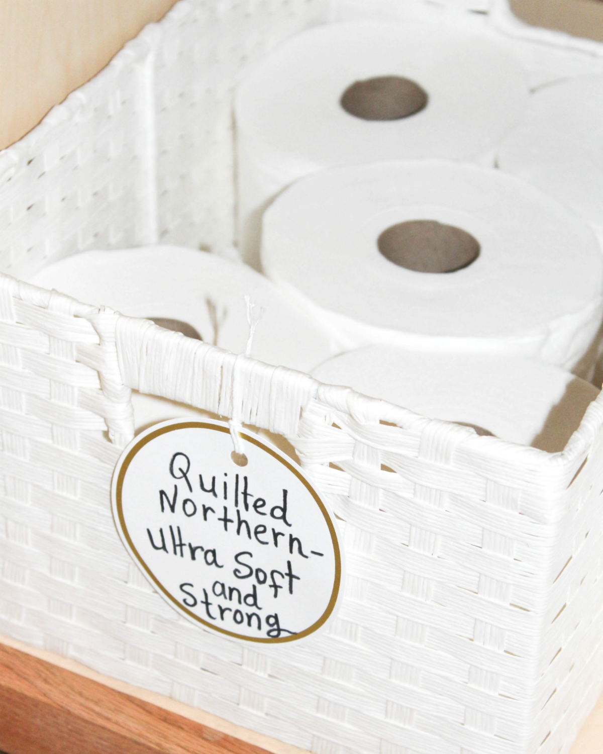 guest-bathroom-northern-quilted-bin