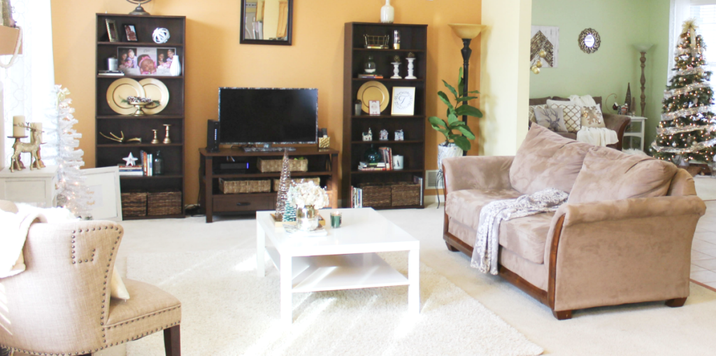 holiday-home-family-room