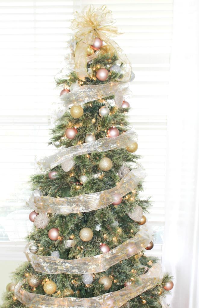 holiday-home-tour-christmas-tree