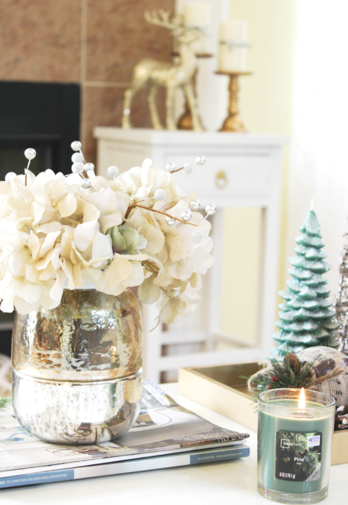 holiday-home-tour-family-room-candle