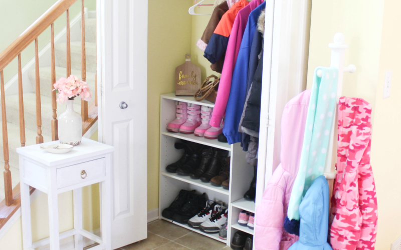 Entryway Organizing – How to Organize an Entryway