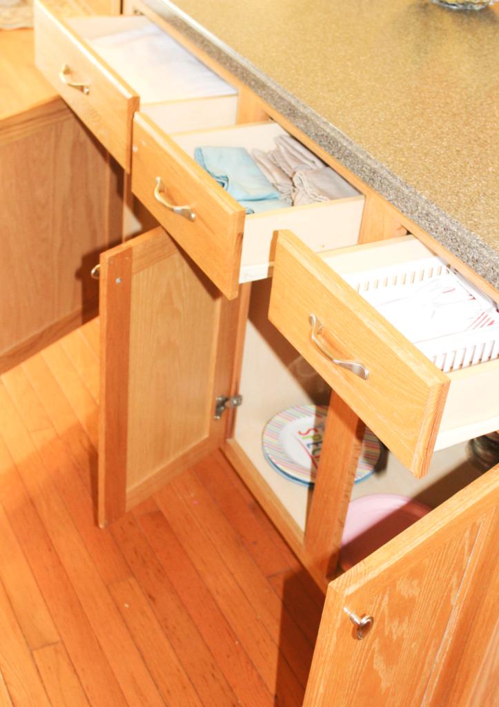 kitchen drawer organization - entertaining drawers