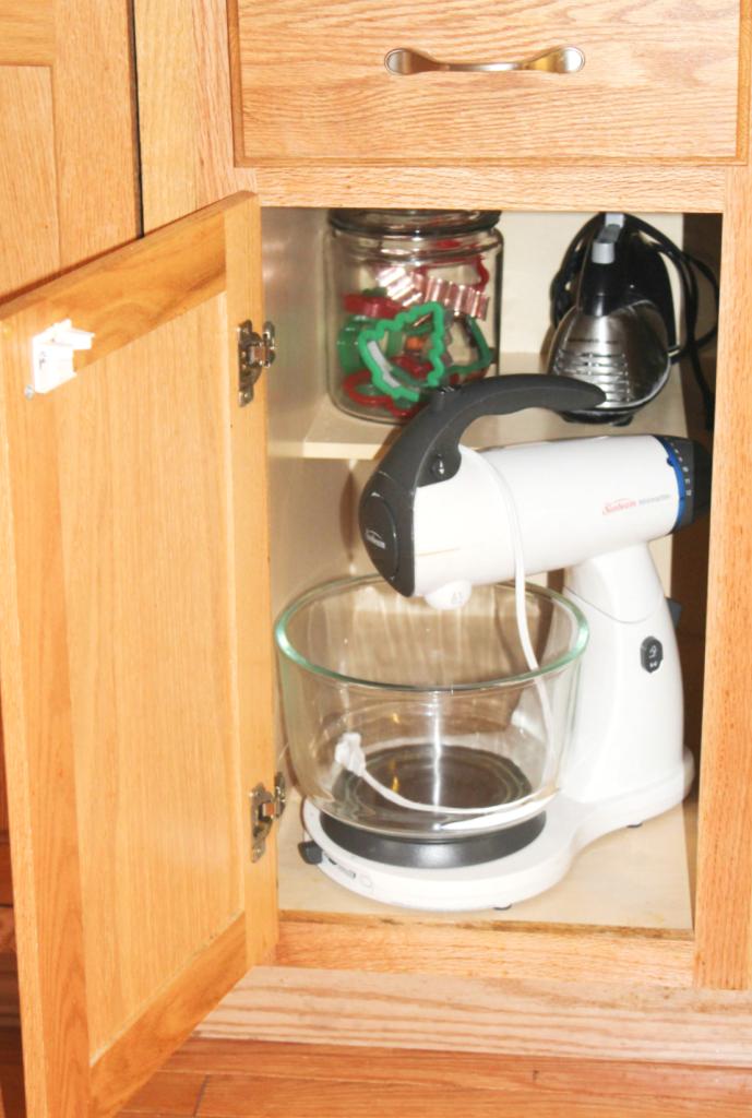 kitchen organization - blender