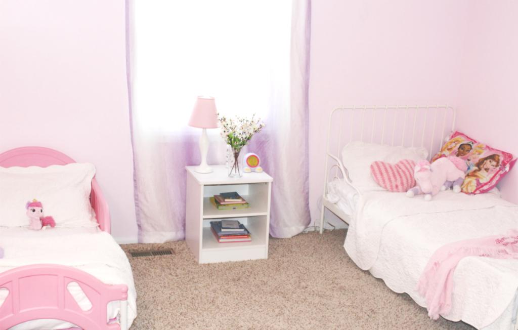 Girls' Room -Shared Bedroom