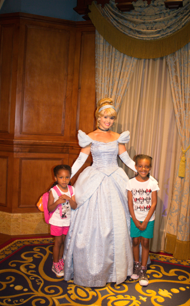 Orlando Vacation - Disney's Animal Kingdom - Princess Cinderella - At Home With Zan