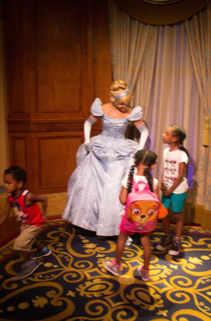 Orlando Vacation - Disney's Magic Kingdom - Cinderella's and the Kids - At Home With Zan