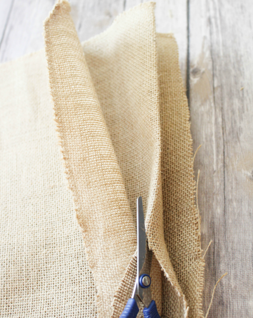 Burlap Placemats - DIY - Cutting - At Home With Zan -
