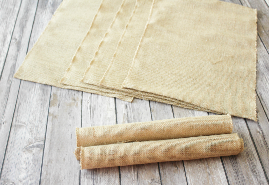 -DIY Burlap Placemats for Fall - At Home With Zan -