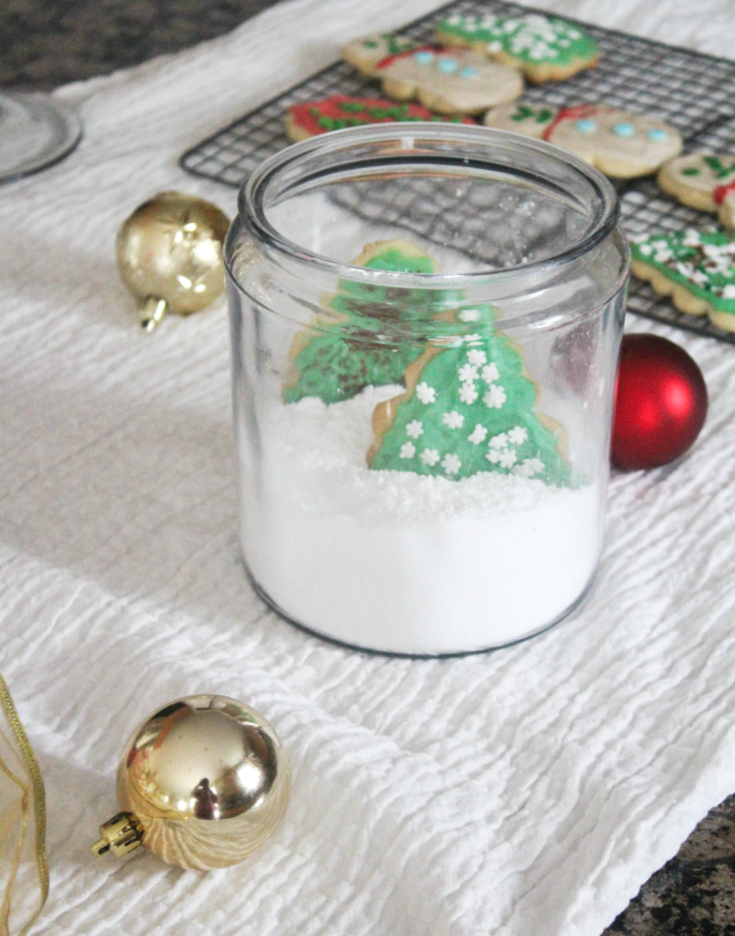 How to - Create Christmas Cookies in a Jar Gift - Christmas Gifting - Holiday Decorating - At Home With Zan