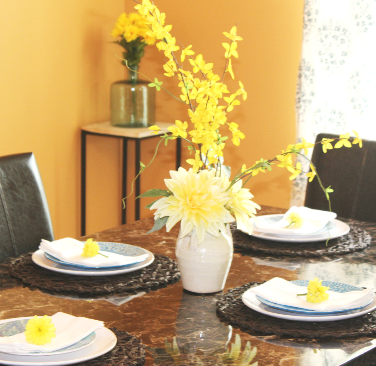 dinning room reveal with centerpiece