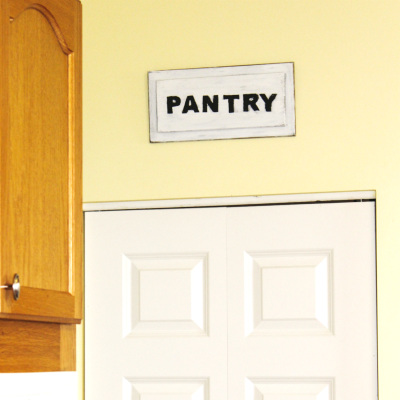 pantry-sign-for-feature