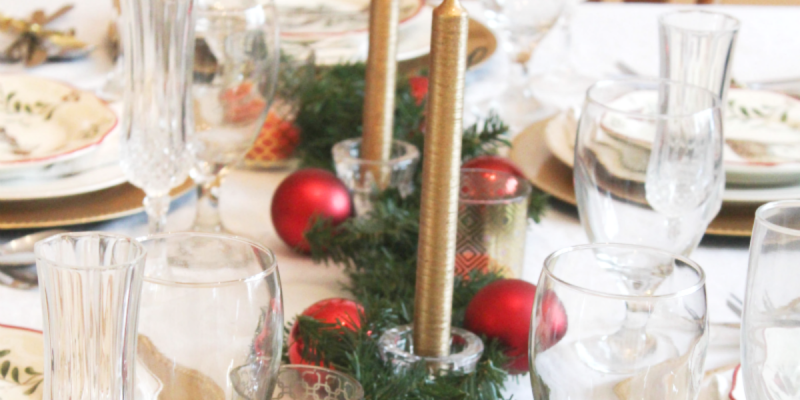 holiday-table-feature