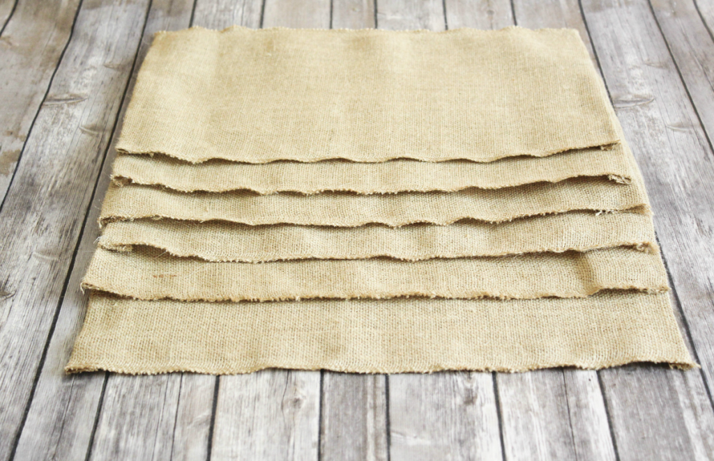 DIY Burlap Placemats - Autumn - At Home With Zan-