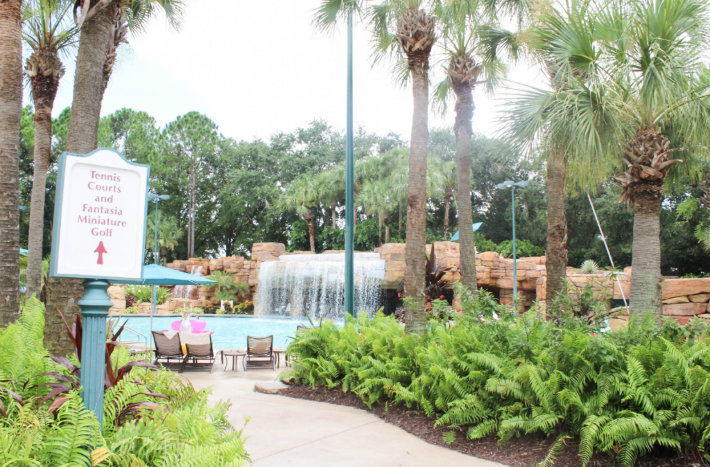 Disney -Dolphin -Resort-Review-Hotel-Pool Area -Travel-Disney Vacation-Orlando-At Home With Zan